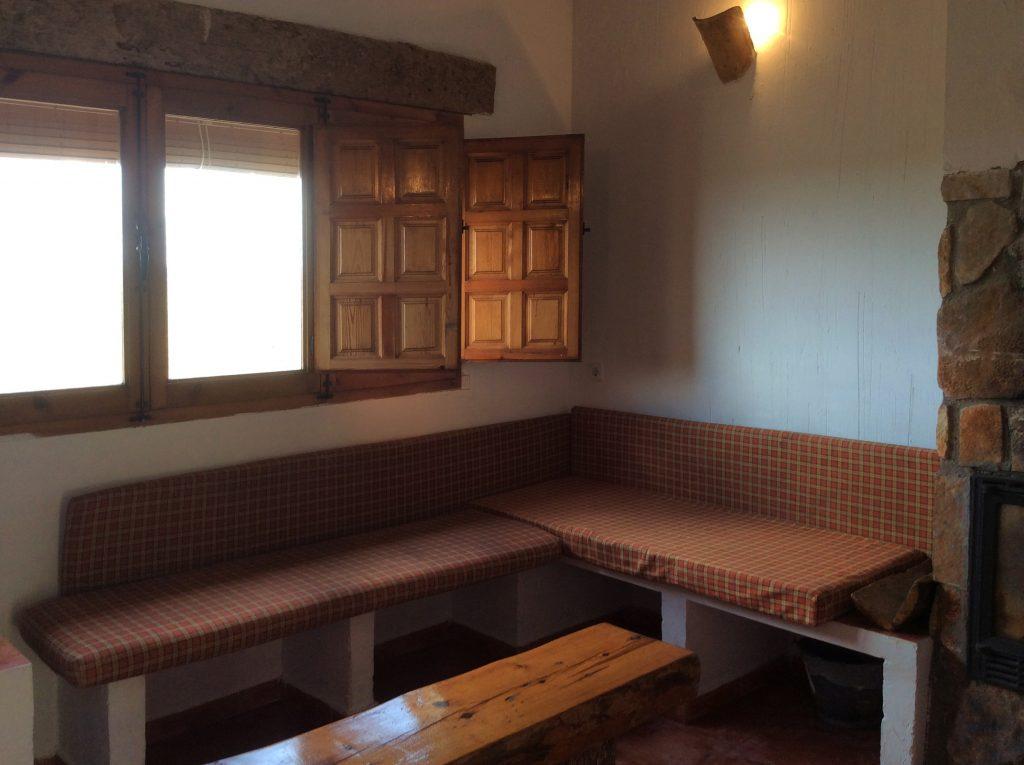 Salón de la cabaña rural